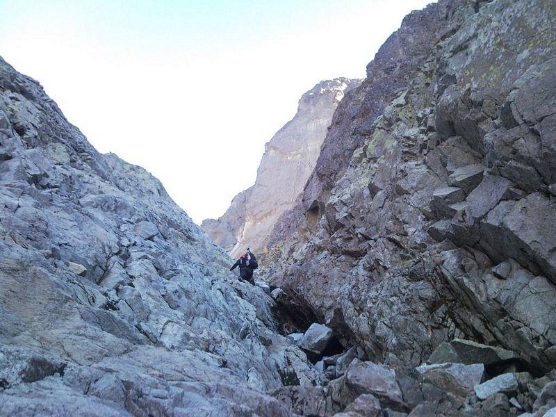 W stronę Pośredniej Przełęczy